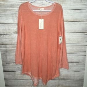 NWT Two by Vince Camuto, Size 2X, Asymm Top